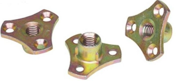 D-Nut with screw flange used with an 8mm dowel screw.